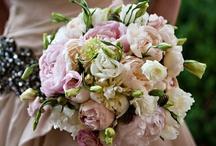 TOSS the BOUQUET / wedding flowers