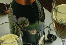 Thomas Arvid Wine Art / Beautiful, realistic wine art by American artist, Thomas Arvid. Limited editions available at Art Leaders Gallery. artleaders.com | 248-539-0262