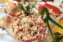 Salate und kalte Köstlichkeiten