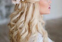 Menyasszonyi hosszú frizura