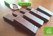 Diétás csokoládé, bonbon, protein szelet, szaloncukor receptek / Több féle van: Szénhidrát-csökkentett csokik, paleo csoki receptek, vegán csokoládék, tejmentes házi csoki, szaloncukor, protein szelet, táblás csoki, torta bevonó receptek stb....