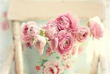 who loves flowers...