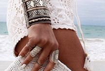 Bracelet..