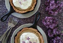 eat DESSERT first / Delicious desserts