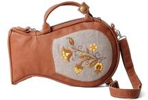 Handbags / by Maaika Kruger