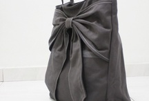 Pocketbooks and totebags / by Gayna Seamons Stafford