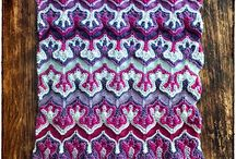 Stricken: bunte Muster