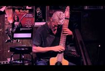 Chapman Stick / The Chapman Stick is a 10-12 string tapping instrument.