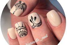Henna/Lace/Ornamental Nails