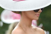 Fascinators, hats, Sinamays