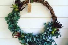 Christmas arrangements - Flowers by Melly B / Floral Christmas Wreath, Floral wreath, Christmas, Christmas succulent wreath, Christmas Native Flower Wreath, Australian Native Wreath, Eucalyptus Wreath, Christmas Wreath, Christmas centrepiece