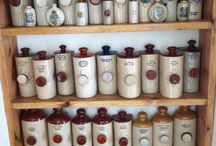 Vintage Bottle Company / Vintage Bottles for interior design, Weddings or the pleasure of shape ,colour and beauty.