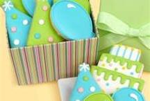 Galletas, pasteles y dulces / by Laura Alemán