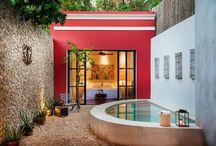 Piscinas / Ideas para decorar zonas de piscina.  Diferentes tipos de piscinas. Jardines con piscina.