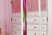 beépített szekrény