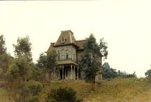 TV/Movie Homes / You may remember spotting these familiar properties on your favourite TV show or Movie
