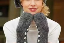Вязаные шапочки, береты, шляпки, митенки, варежки / #вязание #спицами #варежки #шляпки #береты #аксесуары #knitting #hat