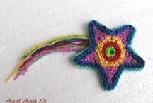 Twinkle twinkle / Crochet stars.