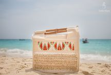 hand bags / For the beach and the city!Beatiful handmade purses by Della Mare, all original designs with handlers of bamboo, palm trees fibres, beadwork design.