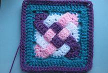 horgolt kiegészítők (crochet accessories) / Tippek, ötletek kis apró kiegészítőkhöz, és nagyi kocka variációkhoz