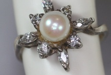 Awesome Vintage Jewelry / Lovely pieces from the VJSE team on etsy which I am a part of!