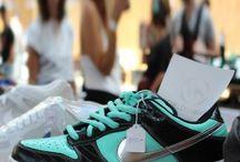 NikeSB / Toutes les NikeSB sont chez The Social Sneaks. Achetez et Vendez vos sneakers.