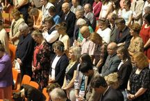 Das Gebet: danken, loben, bitten und flehen. The prayer: thank, praise, pray and plead. / Bittet, so wird euch gegeben; suchet, so werdet ihr finden; klopfet an, so wird euch aufgetan. Denn wer da bittet, der empfängt; und wer da sucht, der findet; und wer da anklopft, dem wird aufgetan. Matthäus 7,7.8 Ask, and it will be given to you; seek, and you will find; knock, and it will be opened to you. For everyone who asks receives, and the one who seeks finds, and to the one who knocks it will be opened. Matthew 7,7.8