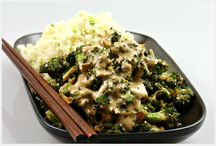 Raw asian / spirilized noodles, stir fry veggies / by Julie Davidson