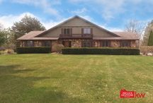 Under Contract - 65 Mark Dr, Hawthorn Woods, IL 60047
