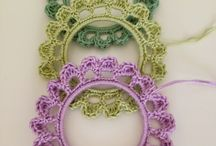 crochet frames ornaments