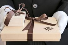 07 | GIFTING / Here you'll find inspiration to help choose the perfect luxury gifting style.