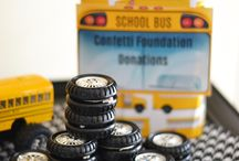 School Bus Theme Party Ideas / The wheels on the bus go round and round in this party designed by the very talented Brittany Schwaigert of @GreyGreyDesigns / by Birthday Express