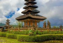 Indonesia Travel / Indonesia is an amazing asian country you must visit in this life! Indonezia este o tara asiatica spectaculoasa ce trebuie neaparat sa o vizitezi in viata asta!  https://www.haisitu.ro/indonezia-ta97