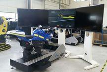 Simulateur moto 8 axes ellip6 / Simulateur moto 8 axes développé en partenariat par les sociétés ellip6 et ECA FAROS