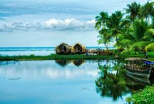 Backwaters of Kerala / Kerala is blessed with lots of Backwaters