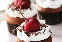 Treats| Cakes and Stuff... / Sweet Desserts / by Chetna Patel