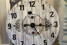 Rustic spool clockz