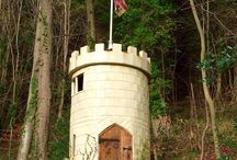 The Castle of MOB / #shedoftheyear2016 A folly in the woods.