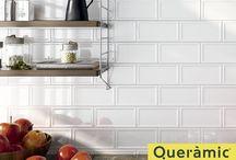 Revestimientos de paredes / Los revestimientos son la eséncia de la decoración dentro del mundo de la cerámica. Más allá de resultar la opción más sencilla para cambiar de aires cualquier lugar de la casa, especialmente el baño y la cocina, también es la más práctica en términos técnicos y de utilidad.