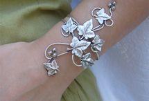 Gorgeous jewelry!  / by Mandy Walsh