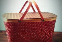 Vintage Picnic Baskets / by Terry Sutherland