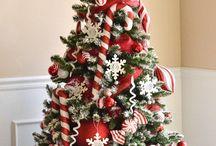 Decorating! Christmas!