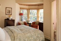Romantic Santa Barbara Bed and Breakfast : Cheshire Cat Inn / Discover the Cheshire Cat Inn! A beautiful Santa Barbara bed and breakfast located just four blocks from downtown!