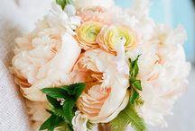 Wedding | Bridal Bouquet Ideas / Pretty floral bouquets. Inspirations for wedding.