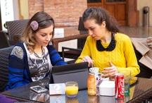 The Geek Sisters  / Questo blog è il nostro diario virtuale.  Nel reale e nel virtuale cerchiamo di fare rete in qualsiasi modo perchè per noi il punto di forza dell'universo è la condivisione. The Geek Sisters nasce con questi presupposti e intende posizionarsi in contesti come la moda, il cibo, l'eco-bio, il lifestyle, i viaggi e - per l'appunto - la tecnologia. Qui potete trovare news, esperienze vissute e curiosità tutte con occhio femminile e naturalmente geek!