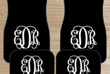 Monogrammed Car Floor Mats / by The Dreamy Daisy