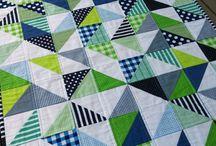 Geometric cot quilt