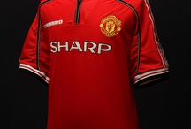 Manchester United who I support :) / by Clifford Colohan