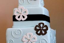 Cricut Cakes / by Cruz C.