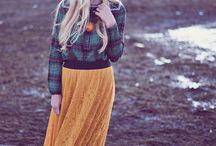 LuLaRoe Lucy (skirt)